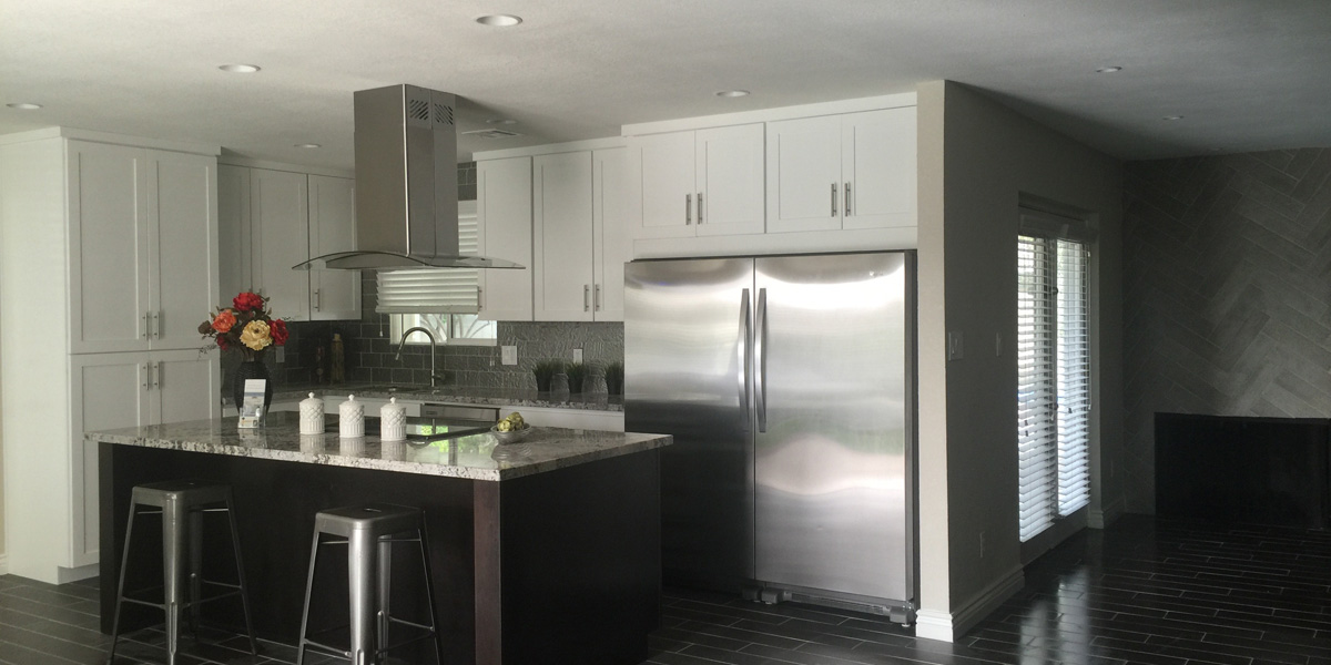 modern-black-kitchen-remodel-2